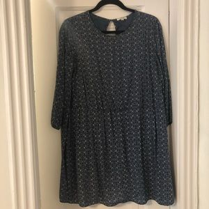 Aritzia Wilfred Blue and White Patterned Dress